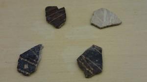 Fragments d'oeufs d'autruche gravés